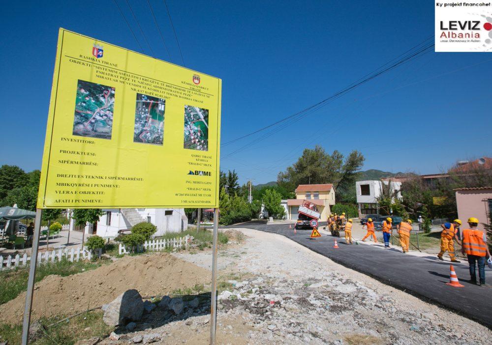 Kur ligjin për tabelat e punimeve nuk e zbaton as Bashkia e Tiranës