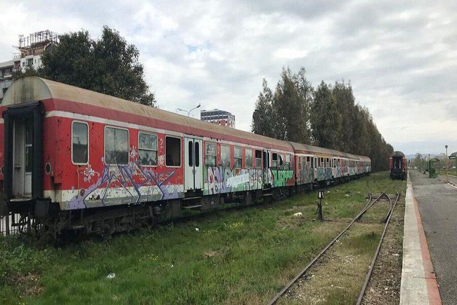 Na ishin dikur trenat! Degradimi i linjës hekurudhore duke pritur projektet e reja