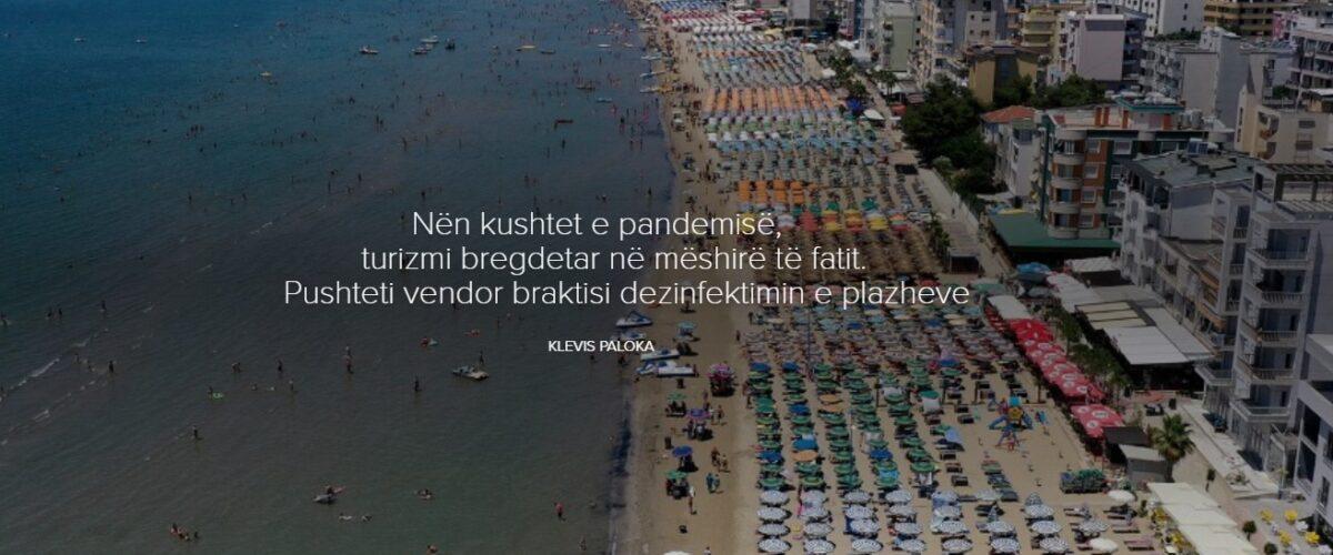 Nën kushtet e pandemisë, turizmi bregdetar në mëshirë të fatit. Pushteti vendor braktisi dezinfektimin e plazheve